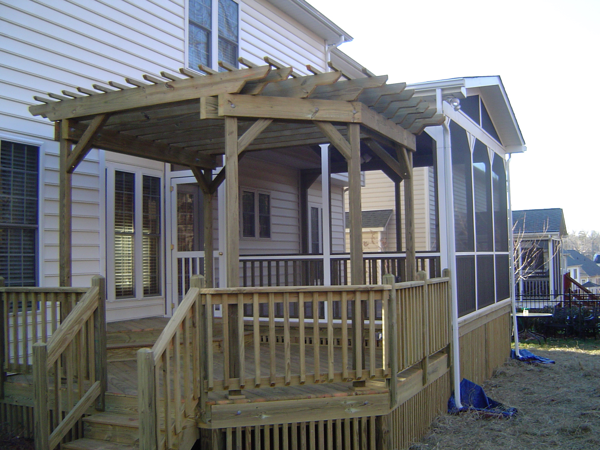 Screen porch with trellis for Deck trellis